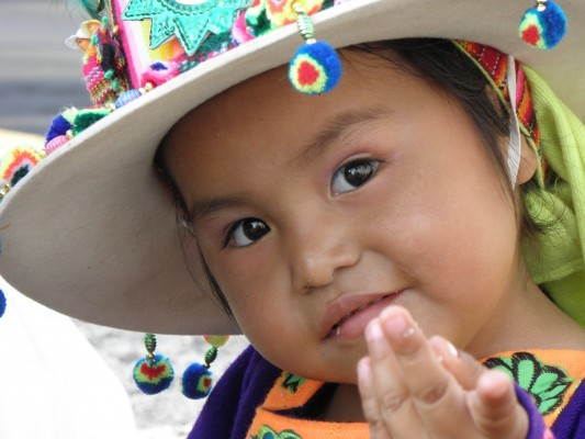 bambina boliviana sorridente